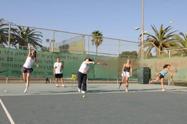 Adult Tennis Coaching 28