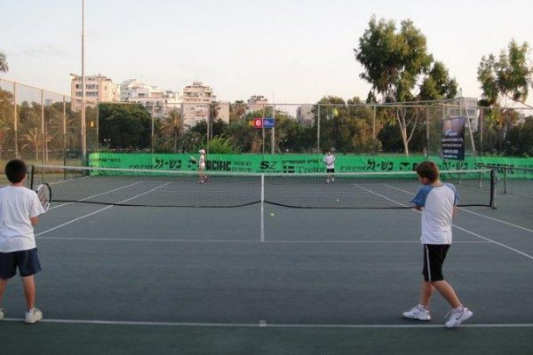 Kids Tennis Coaching 23